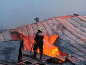 В Кореизе загорелась жилая пятиэтажка