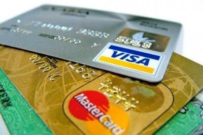 Выпущенные крымским банком карты Visa и Mastercard перестали работать