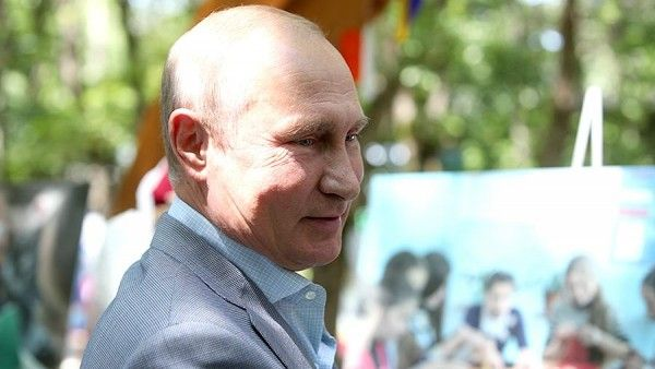 Путин рассказал анекдот про Царя
