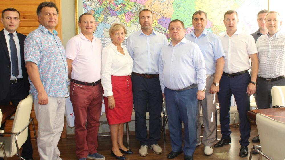 Андрей Рюмшин: Представители правительства Ярославской области выразили готовность инвестировать в республику, а также покупать крымские вина