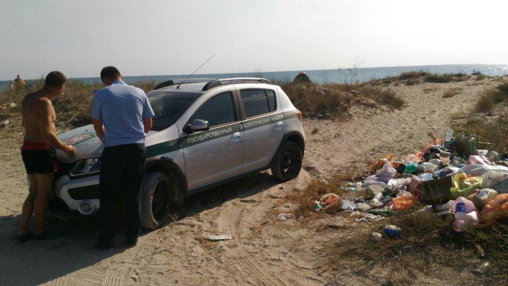 В Черноморском районе две несанкционированные свалки ликвидированы нарушителями