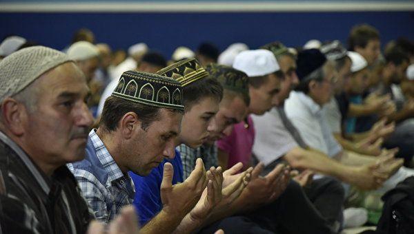 Проживающие на Украине крымские татары хотят вернуться в Крым