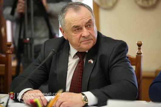 Ефим Фикс рассказал журналистам о работе депутатов Госсовета