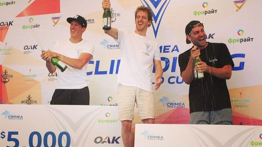Британец Гэри Хант стал обладателем Кубка мира по клифф-дайвингу в Симеизе