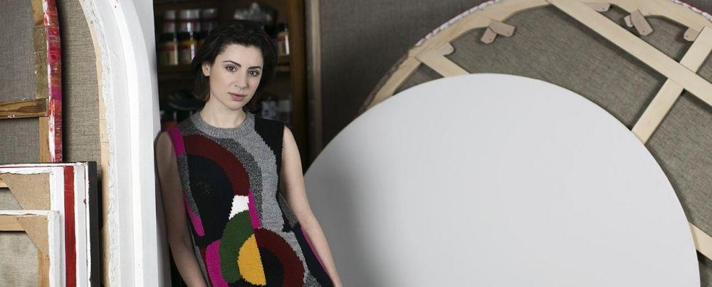 Жена украинского министра продает одежду в Крыму, - источник