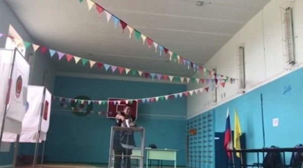 В Калмыкии после вброса бюллетеней на избирательном участке пропала девушка