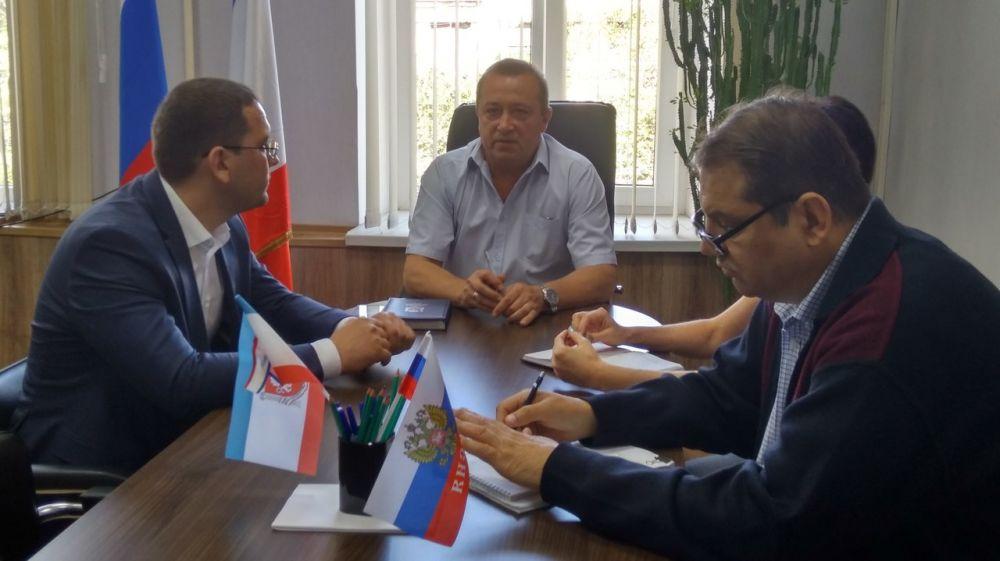 Юрий Новосад провел совещание по вопросам установления тарифов на услуги региональных операторов ТКО и полигона размещения отходов