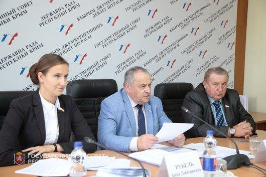 Парламентские Комитеты провели предсессионные заседания