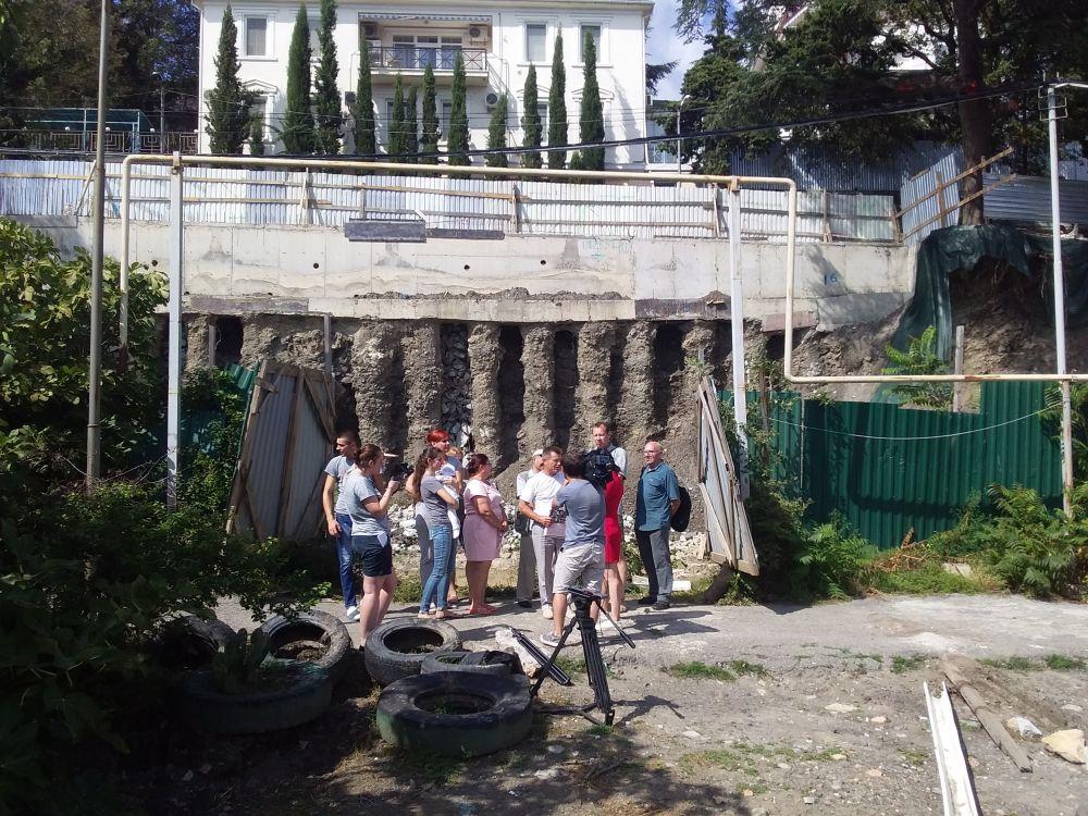 В Ялте отменили строительство элитной шестиэтажной виллы возле жилых домов на улице Виноградной
