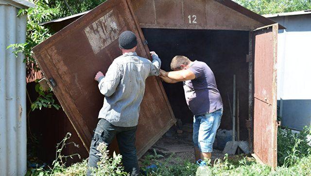 В Симферополе снесут более 250 незаконных гаражей, ларьков и шлагбаумов