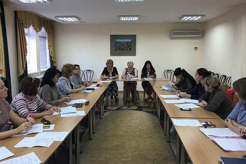 При содействии Минкульта РК проведено заседание Школы кураторов публичных библиотек Республики Крым