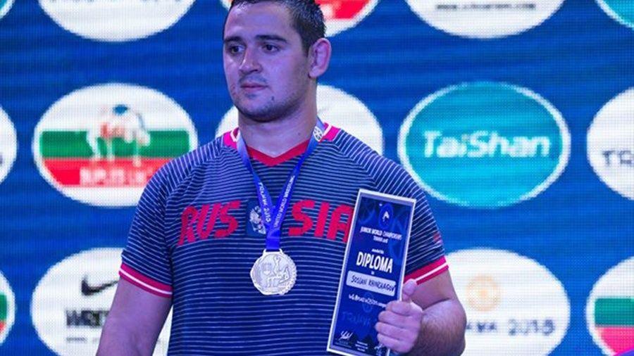 Алуштинец Сослан Хинчагов – победитель юниорского первенства мира по вольной борьбе!