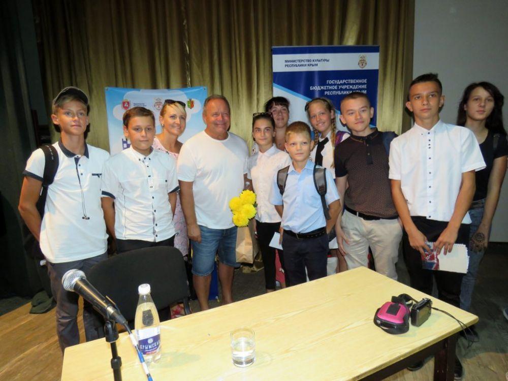 Алексей Маклаков: «Из Крыма надо уезжать… и потом возвращаться»