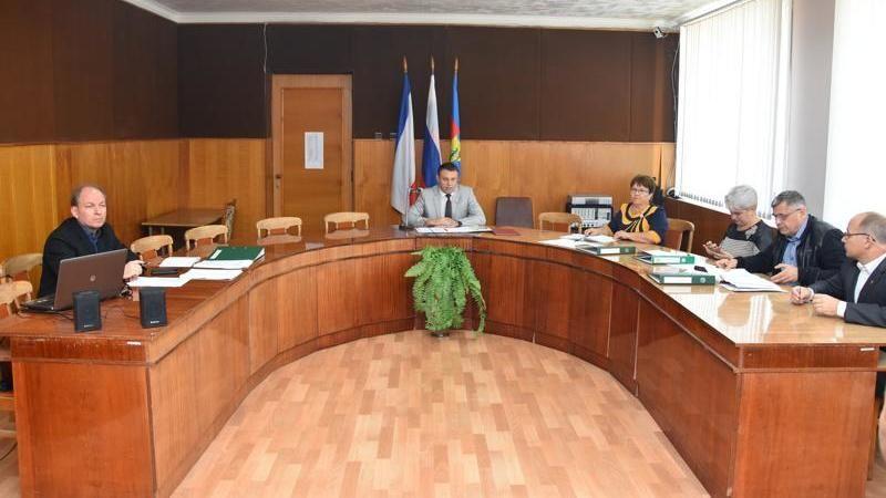 В Красноперекопском городском совете прошло заседание 99 внеочередной сессии