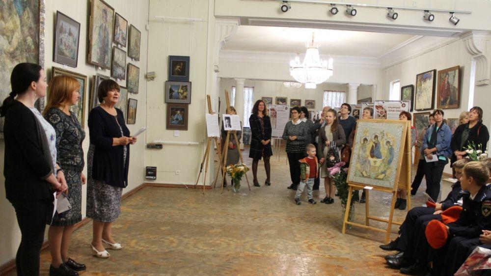 В Симферопольском художественном музее представлена новая экспозиция «Грани творчества»