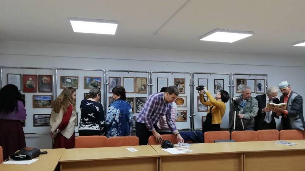 В Севастополе состоялась презентация фотовыставки «Крымские караимы»
