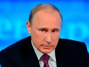 Путин обсудит с правительством РФ энергообеспечение Крыма и Севастополя