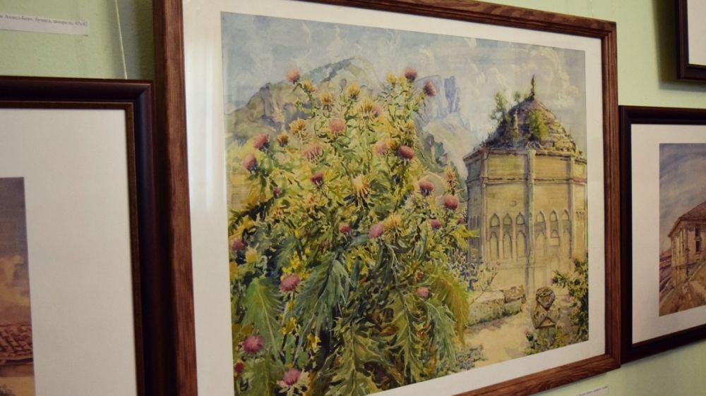 Из фондовой коллекции Бахчисарайского музея-заповедника открыта выставка «Культовые сооружения Крыма в изобразительном искусстве»