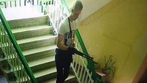 Опубликованы видео из колледжа Керчи во время стрельбы