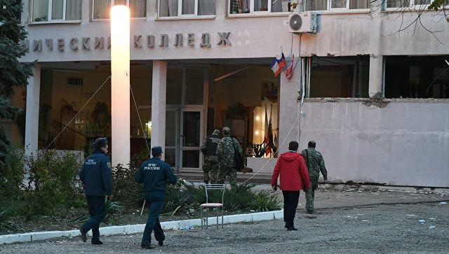 Эксперты оценили оружие подозреваемого в расстреле людей в Керчи