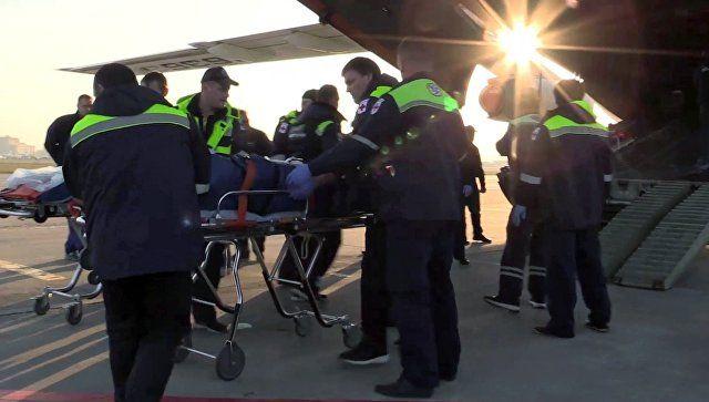 Еще двоих пострадавших в колледже в Керчи отправят на лечение в Москву