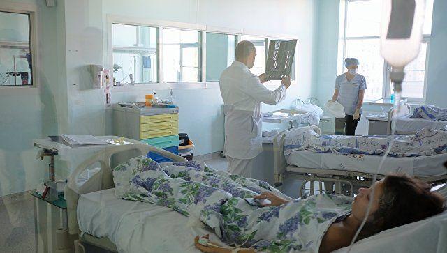 Медики из Москвы экстренно летят в Крым из-за осложнений у двух пострадавших в Керчи