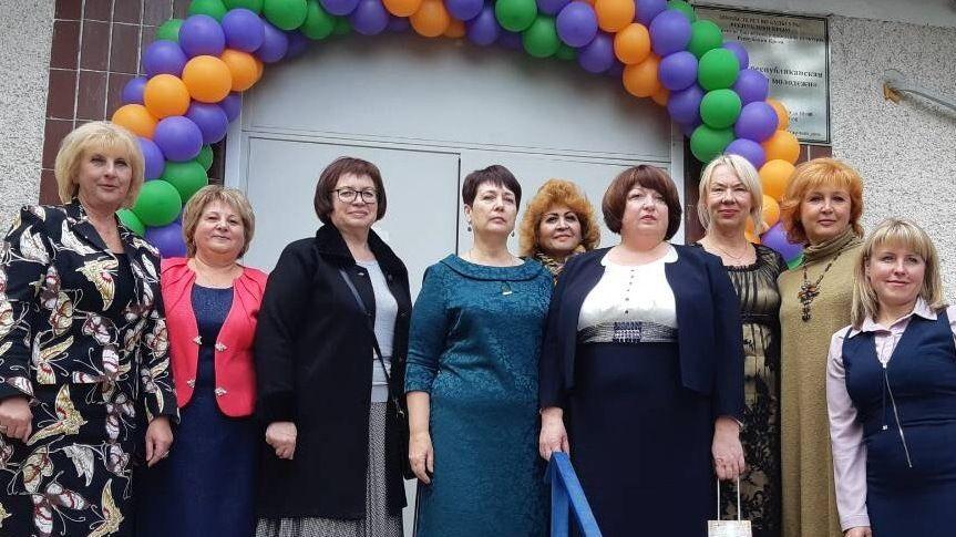 Состоялись торжественные мероприятия по случаю 40-летия Крымской республиканской библиотеки для молодежи
