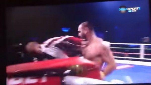 Боксер так расстроился из-за проигрыша, что решил избить своего тренера