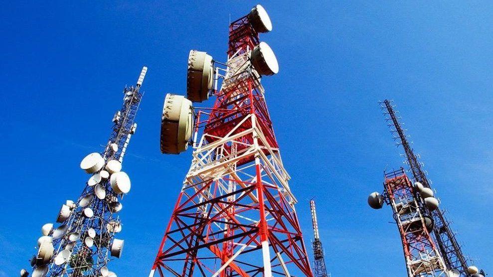 Госкомрегистр оказывает содействие мобильному оператору полуострова в установлении публичного сервитута для размещения объектов связи