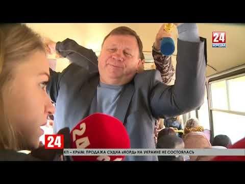На крымском телевидении показали, как глава администрации Симферополя добирался на работу на маршрутке