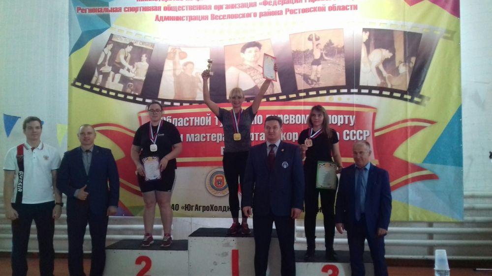 Крымские спортсмены достойно представили республику на Открытом турнире по гиревому спорту в Ростове