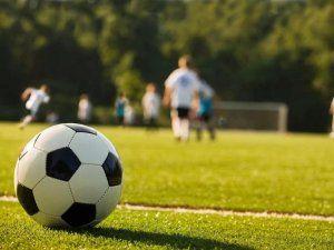Керчане и бахчисарайцы выиграли первые матчи 1/4 финала Кубка КФС