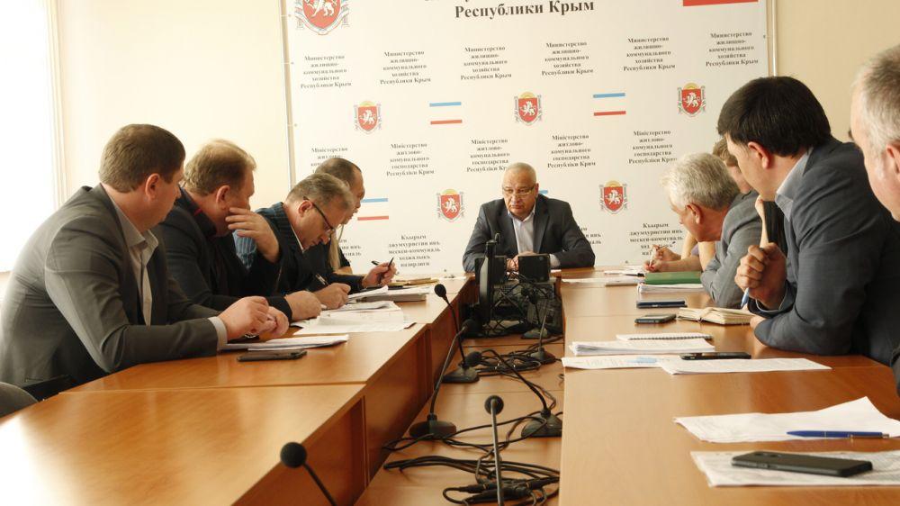 Виталий Глотов провел совещание по вопросу урегулирования взаимодействия между ресурсоснабжающими предприятиями