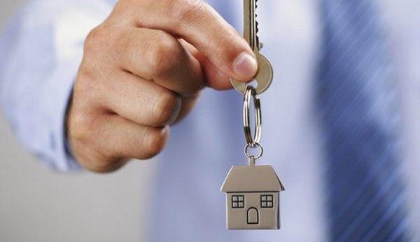 Какая доля семей может арендовать жилье в Севастополе?