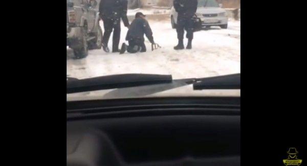Как полицейские издевались над инвалидом