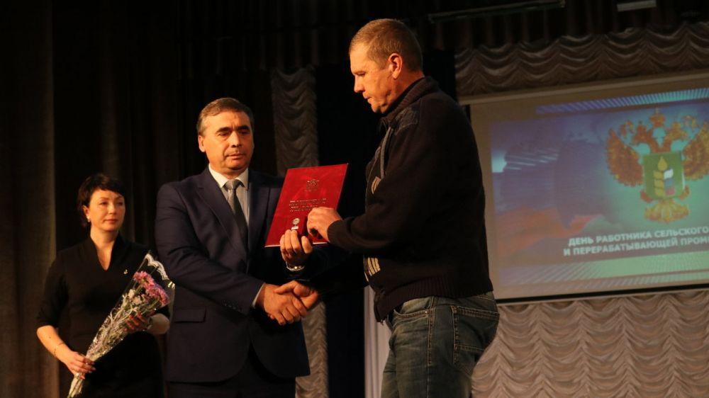 Профессиональный праздник отметили аграрии Бахчисарайского и Красногвардейского районов
