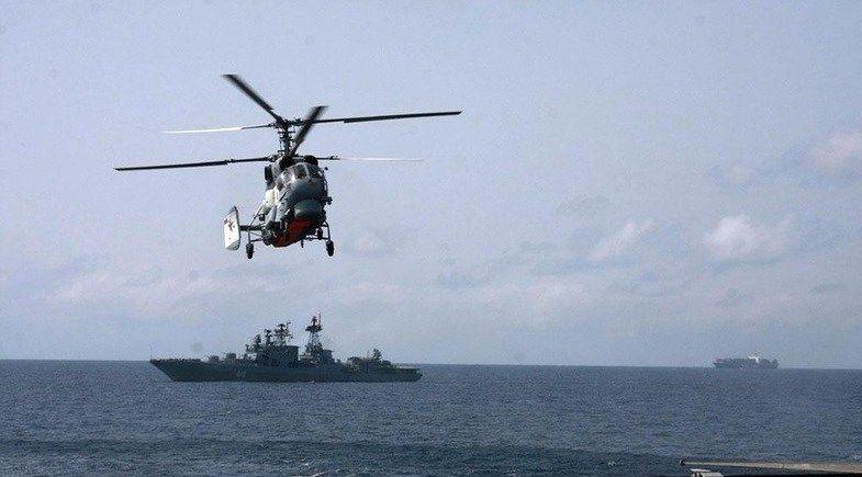 Учения в Средиземном море провели вертолеты и фрегаты Черноморского флота