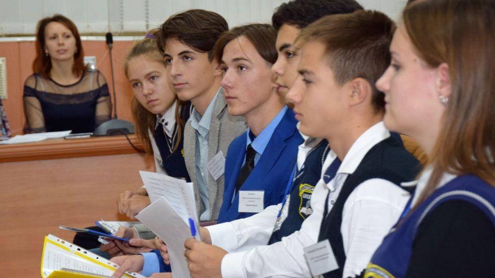 В районе избран новый президент ученического самоуправления