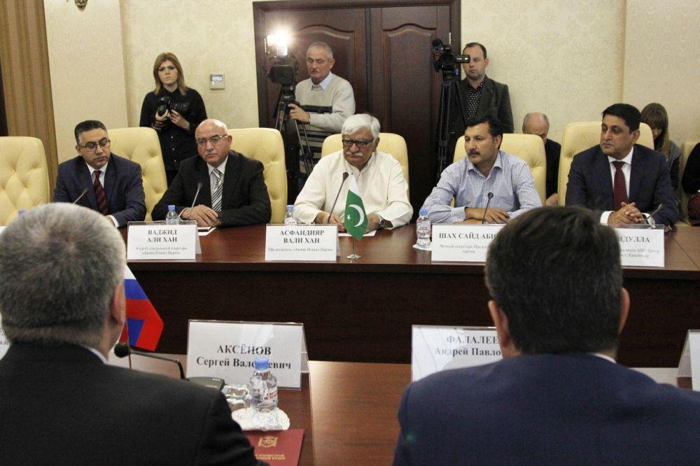 Пакистанская молодёжь хочет получать образование в Крыму
