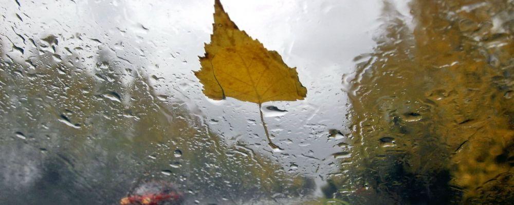 Ливни и шквальный ветер: циклон испортит крымчанам начало недели