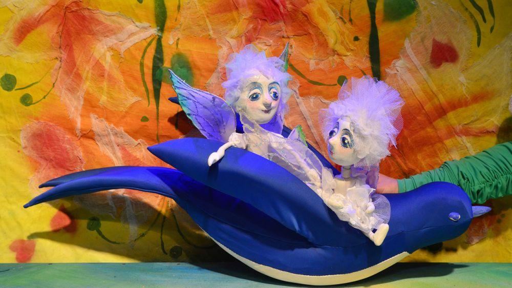 Крымский академический театр кукол продолжает цикл выездных показов спектаклей