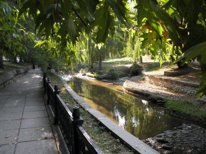 Набережную реки Салгир в Симферополе отремонтируют в следующем году