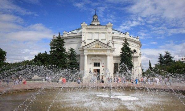 Севастопольский музей объявляет набор на курс подготовки экскурсоводов: бесплатно и +100