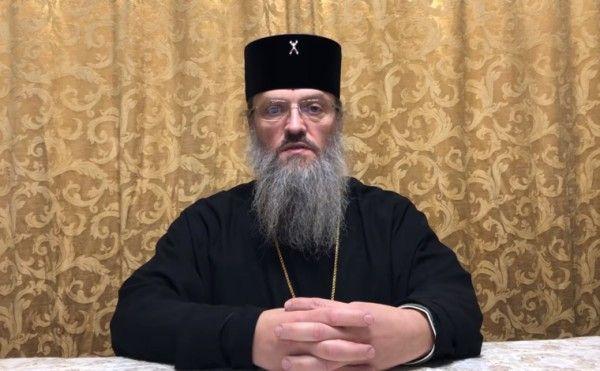 Порошенко назвали «современным гонителем церкви»