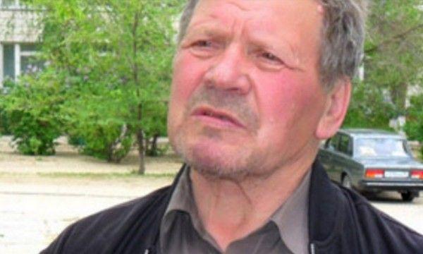 70-летний учитель физики три года живет в школьном туалете