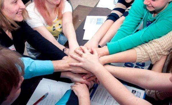 В Севастополе завершила работу Школа волонтёров