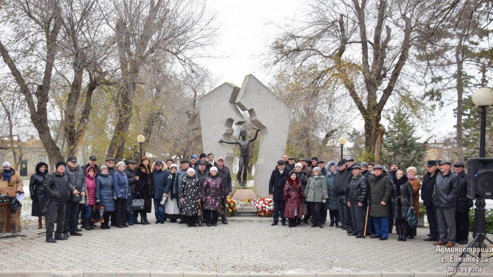 В Евпатории чествовали ликвидаторов чернобыльской катастрофы
