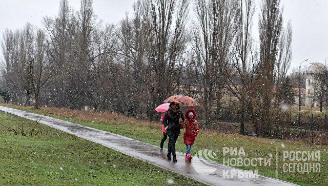 Ветер, мокрый снег и дожди: погода в Крыму в четверг