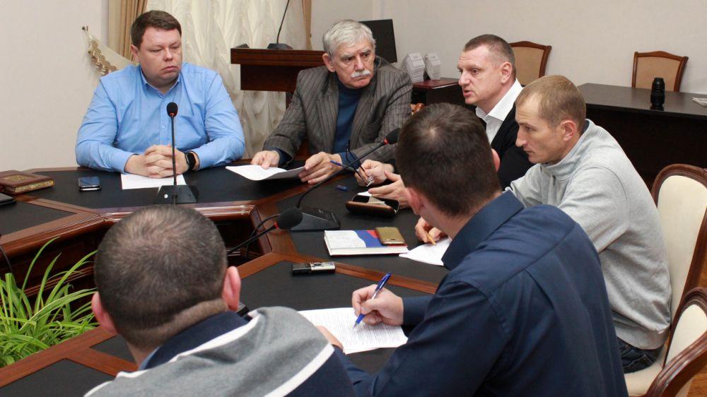 Александр Спиридонов: Работа административных комиссий по демонтажу незаконно размещенных объектов — важный инструментарий в профилактике нарушений земельного законодательства