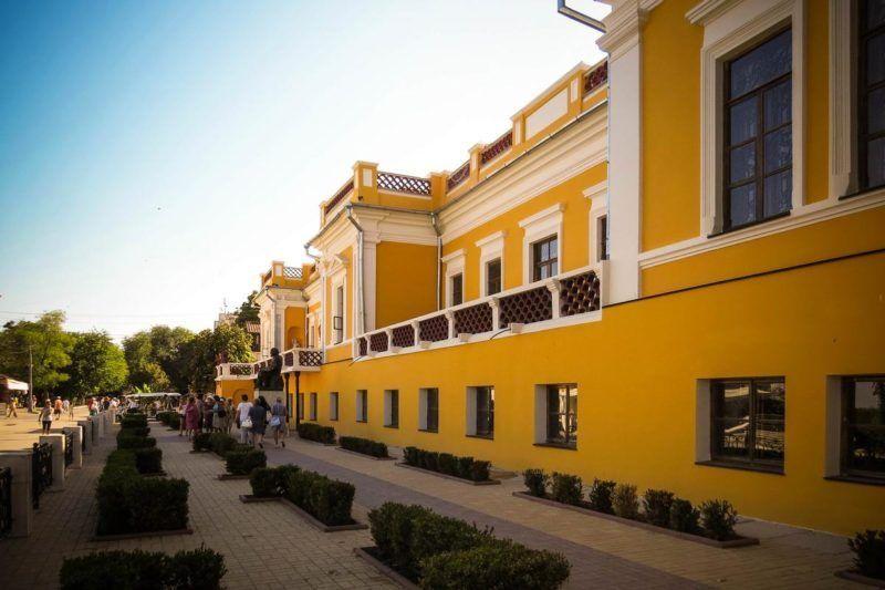 Картинная галерея им. И.К. Айвазовского получит 100 миллионов рублей